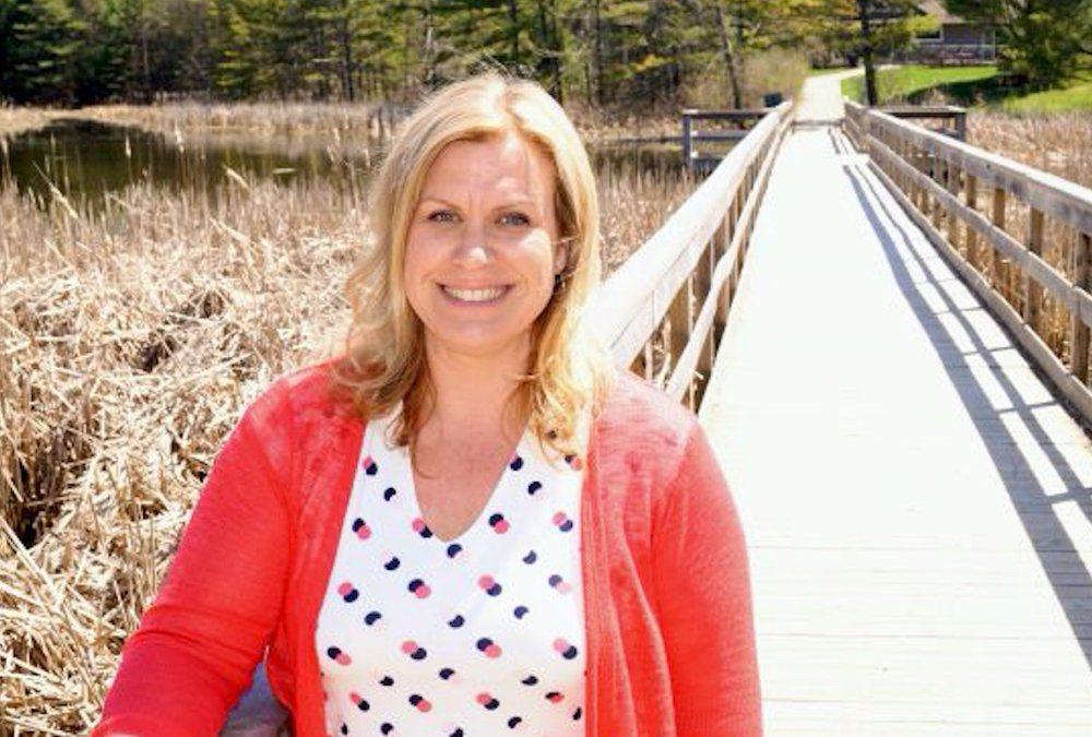 Deborah Vanberkel is a dairy farmer and psychotherapist who treats farmers.