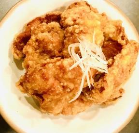 Fried chicken at Mogu.